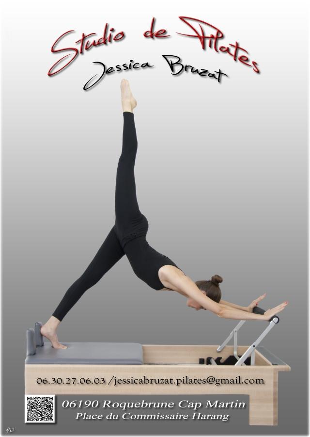 Pilates-flyer Jessica sur reformer